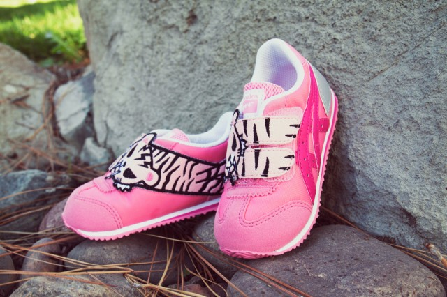 official photos 6f6ed 0f178 Cute Collaboration sneakers with tokidoki for parents and ...