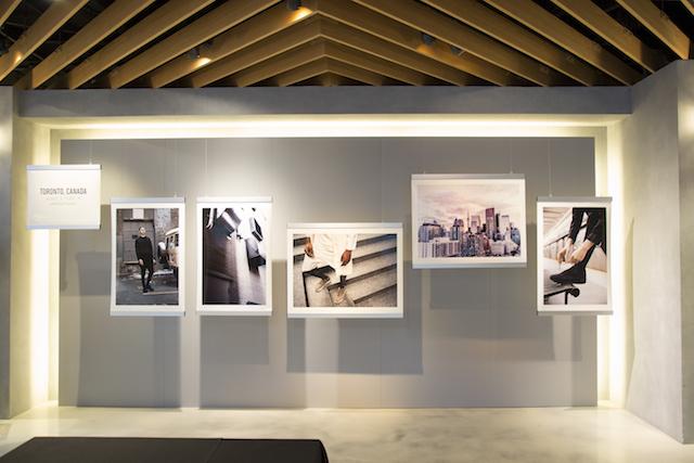 コラボレーションシューズ「COLORADO EIGHTY-FIVE MT SAMSARA」は、「現代の旅する写真家」をテーマにしたプレミアムモデルです。/オニツカ-スニーカー