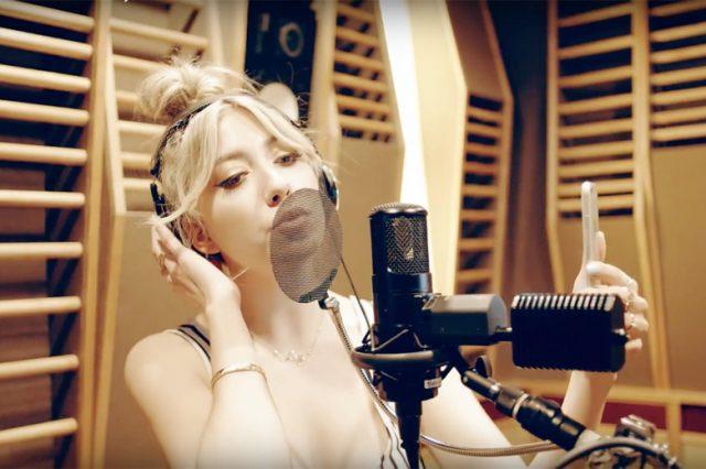 注目シンガーLIZがオニツカタイガー・オリジナルソング「Luxury」を披露!
