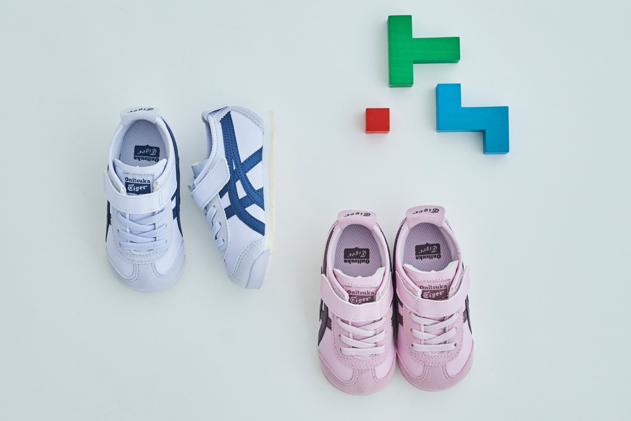best sneakers 3db24 43cce KIDS SHOES】Wear these with the family! We have a new mid ...